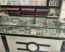 sunglasses display