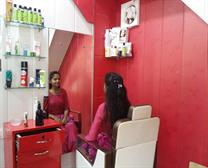 Ladies Hair Cutting